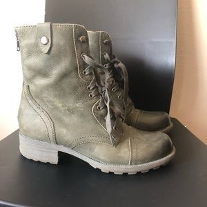 cobb hill lace bethany up boot olive green